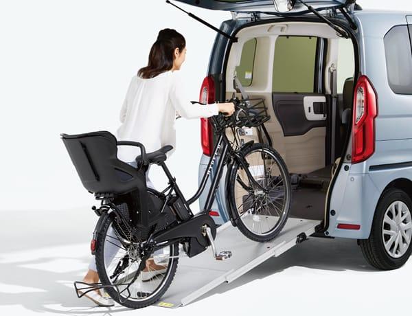 重たい電動アシスト自転車もラクラク積載